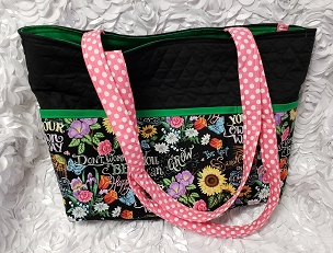 Large Black Garden I've Got Sunshine Print Quilted Handbag Purse Tote Bag with Garden Chalkboard Art Style Print Outside Pockets Project Bag