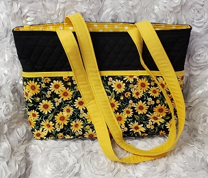 Large Quilted Black, White and Yellow Daisy Print Tote Handbag Purse Tote Bag with Daisy Flower Print Outside Pockets Daisy Shoulder Bag