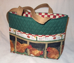 Large Quilted Hunter Green Sunnyside Farm Chickens Hen Eggs Tote Handbag Purse Tote Bag with Chicken Print Pockets, Chicken Hen Shoulder Bag